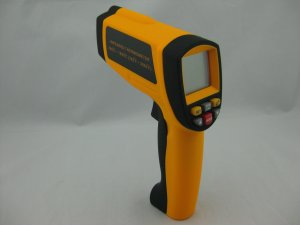 FU-IT1650 200~1650C 50:1 infrared thermometer Temperature